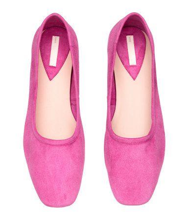 $59.99 - Elegant low heeled pink pumps up to #size10US #size42EU #size8UK #pink #heels #pumps   #Women   #H&M #bigsizeshoes #shoes #womenshoes #largesize #plussize #bigfeet #flats
