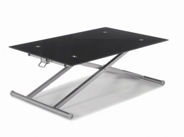 L 39 astuce gain de place la table basse pliable qui sert - Table a manger pliable ...
