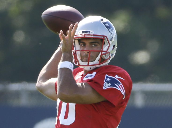 Spotlight on Jimmy Garoppolo as Patriots set to open preseason – Things have certainly changed for Jimmy Garoppolo since Bill Belichick named him the Patriots' starting quarterback for the first four games of the upcoming season July 27. Read more: http://www.norwichbulletin.com/sports/20160810/spotlight-on-jimmy-garoppolo-as-patriots-set-to-open-preseason #ProSports #NFL #Patriots #JimmyGaroppolo #QB #TomBrady #Deflategate