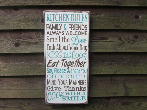 This Family rules sign, kitchen rules sign, would look great with your country home Kitchen décor . This sign is made of wood, and is hand painted and distressed to give you the look of an old primiti