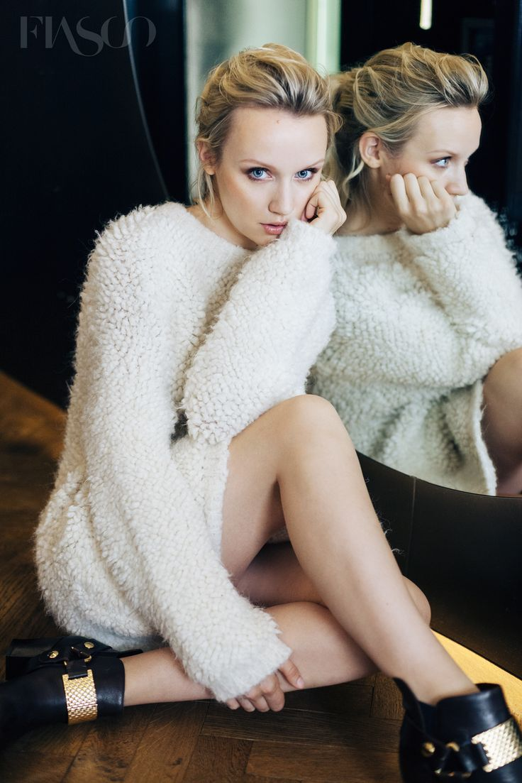 Photos Emily Berrington nude (41 photos), Tits, Cleavage, Boobs, braless 2017