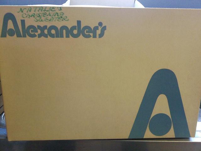 Alexander 39 s department store related keywords alexander for Alexander s mural paramus