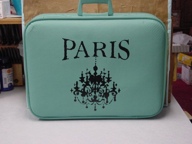 Add Paparazzi logo to old suitcase with vinyl! I have the suitcase, just need to get it painted!