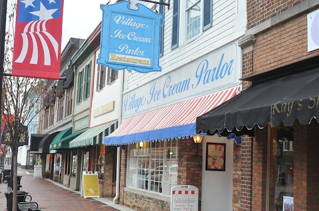 lebanon ohio village ice cream parlor this restaurant