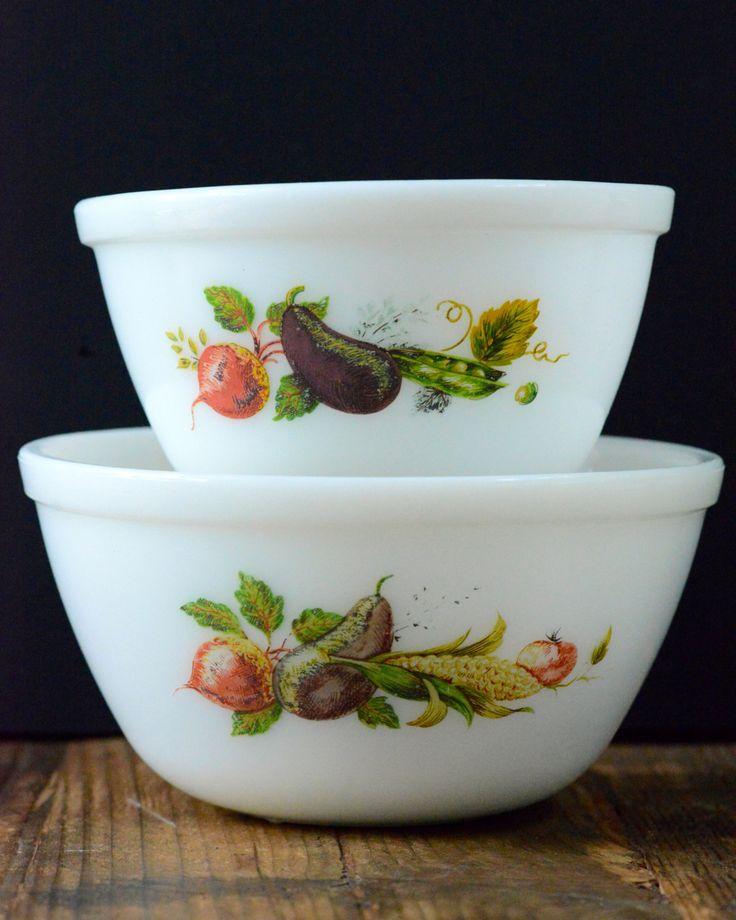 Vintage Kitchen Bowls: JAJ Pyrex 'Market Garden' / 'Tuscany' Pair Of Bowls