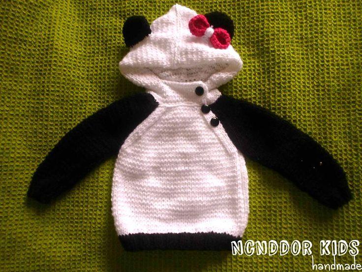 sueter oso panda para niña en dos agujas