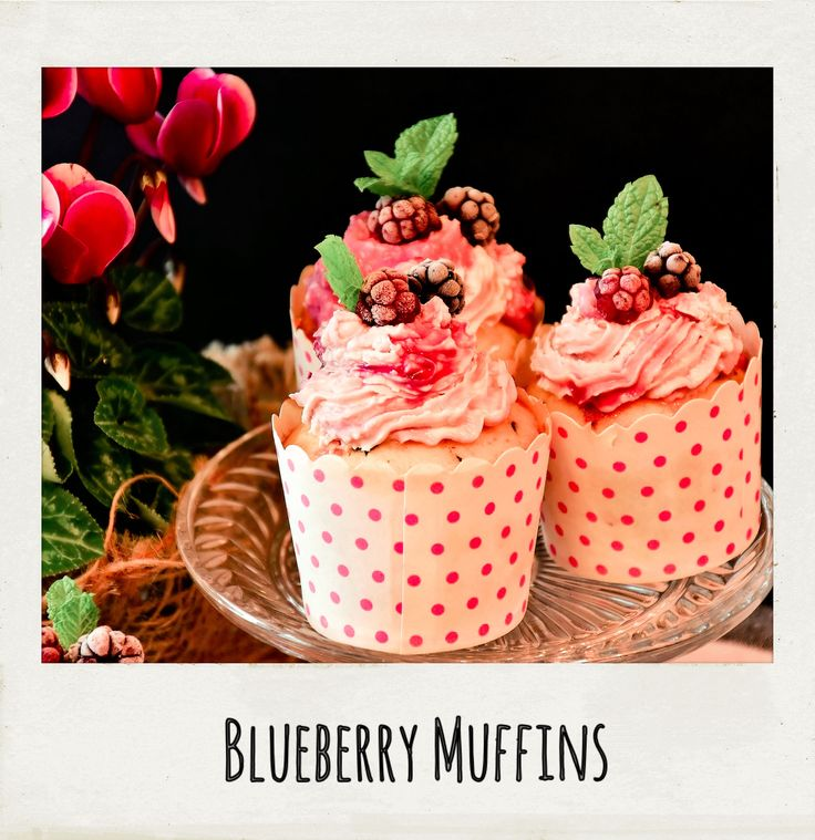 Who can resist these #homemade #blueberry #muffins? Not me! #PolaroidFx #Polaroid #Food #Yummy #Sweet #Sugar #Cupcake #Recipe #Raspberry