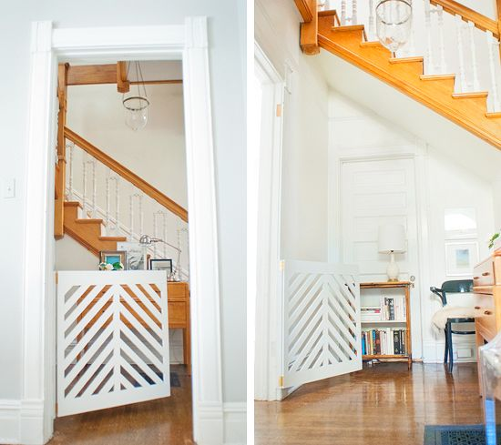 No need to place function over design. Love this custom doggie/baby gate!