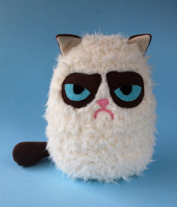 Fluffy Grumpy Cat by FizziMizzi on Etsy