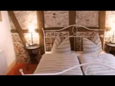 Pension Picco-Bello - Clausthal-Zellerfeld - Visit http://germanhotelstv.com/pension-picco-bello This hotel occupies a quaint renovated half-timbered house dating back to the 18th century in the centre of the climatic health resort Clausthal-Zellerfeld in the Harz nature park. -http://youtu.be/b1lBoOy9tdg