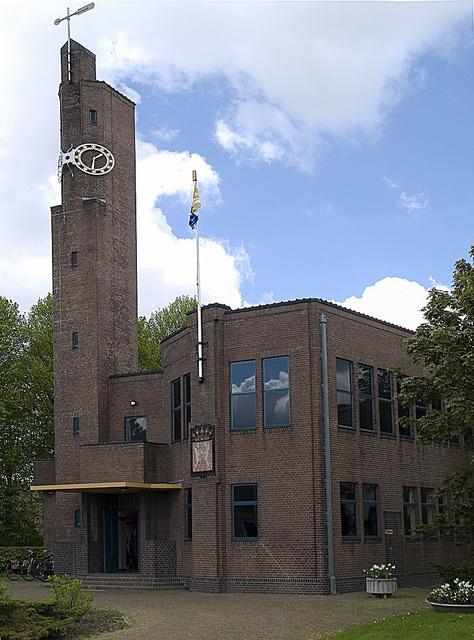Het Berlagehuis te Usquert by Snoek2009, via Flickr