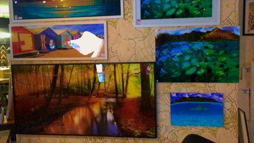 At The Canvas Art Factory we have an amazing collection of prints on shiny acrylic material. #TheCanvasArtFactory #AcrylicPrint #ShinyCanvas https://video.buffer.com/v/58006ec0014b194719801687
