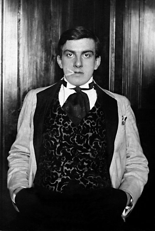 russian-style:  Russian Futurist Poet Vladimir Mayakovsky