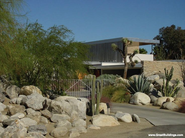 Richard Neutra, Kaufmann House, Palm Springs, USA........one of my favourites...made in 1946....Case Study House