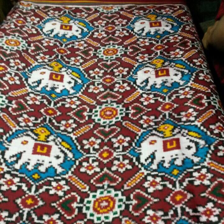 Master pc of Patan Patola saree Design. Ambadi vhoragaji For inquiry whatsapp .09510111976 Write us facebook msg
