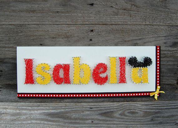 Mickey et Minnie Name String Art ~ Disney String Art ~ sticker personnalisé ~ personnalisé String Art ~ pépinière Decor signe ~ rétro