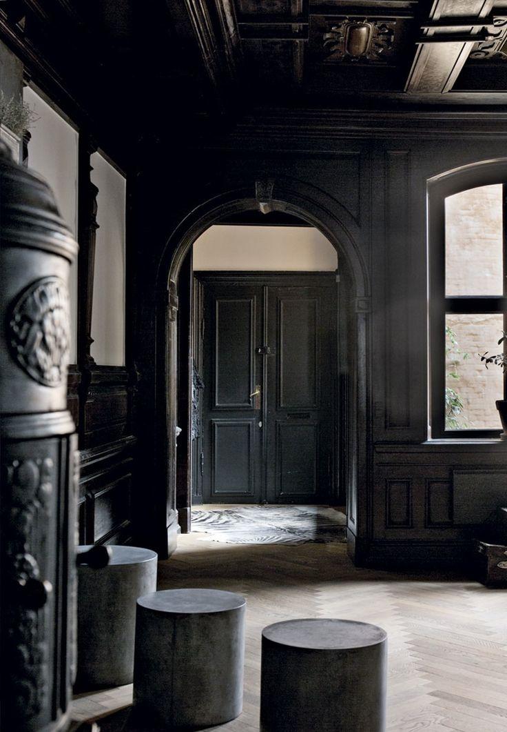 Moderne hjem i historiske rammer | Bobedre.dk #Black #White