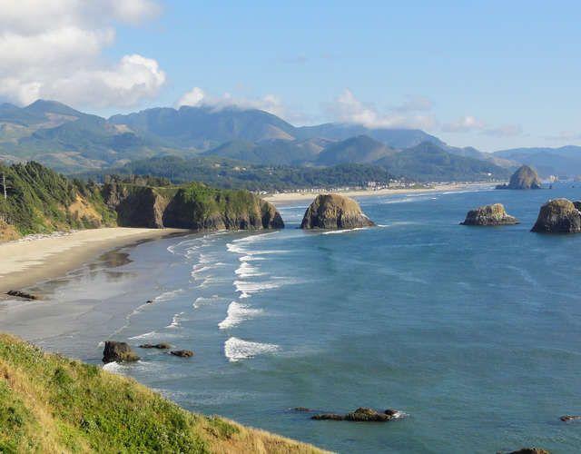 Pacific Coast Highway: Oregon - Washington Roadtrippers