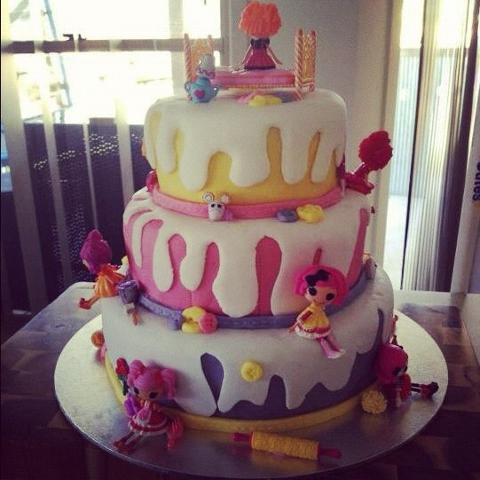 17 Best Images About Lalaloopsy Cakes Amp Cupcakes On