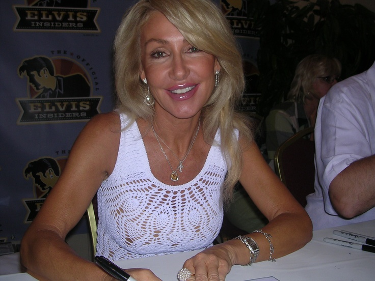 Linda Thompson - once dated Elvis - once married to David Foster