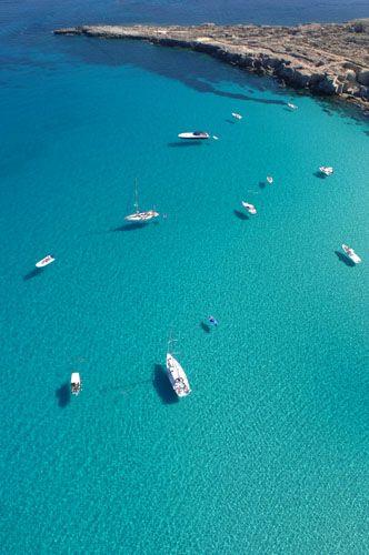 Cala rossa - Favignana- Isole Egadi - Sicily #bedandbreakfast #b&b #palermo #sicily www.piccolasicilia.it