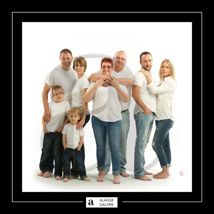 S ance photo studio professionnel portrait de famille photographe professionnel portraitiste - Photo de famille originale ...