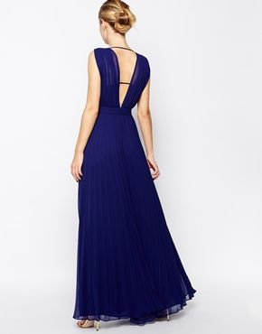 Enlarge ASOS Deep Plunge Super Full Pleated Maxi Dress http://www.asos.com/ASOS/ASOS-Deep-Plunge-Super-Full-Pleated-Maxi-Dress/Prod/pgeproduct.aspx?iid=4592156&cid=13934&Rf981=3680,3679,3677&sh=0&pge=0&pgesize=36&sort=-1&clr=Navy&totalstyles=235&gridsize=3