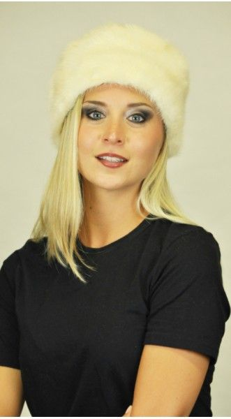 A Warm Gift for your Love on this Winter: Buy mink fur hats for your love and keep her warm. Shop now: https://www.amifur.com/women's-fur-hats/mink-fur-hats  #furlove #furhats #furaccessories