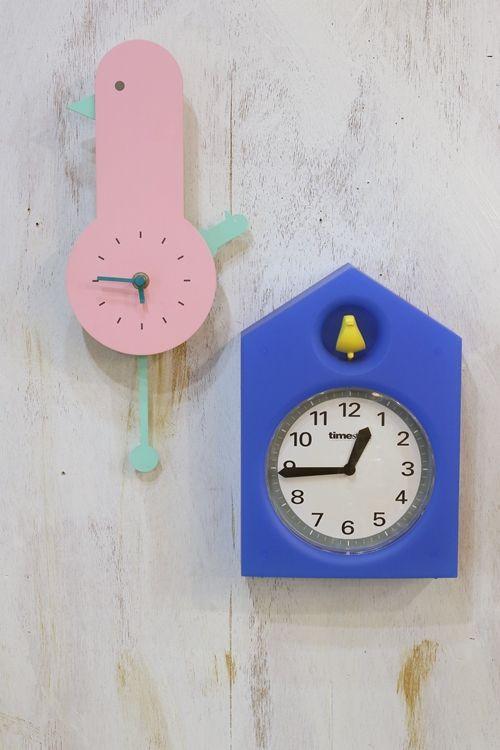 リユースショップ R's こちらはかわいい掛け時計。