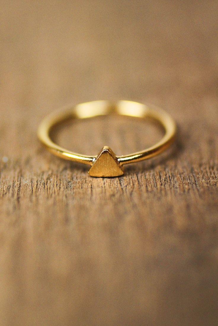 Tiny Triangle Midi Ring - Gold
