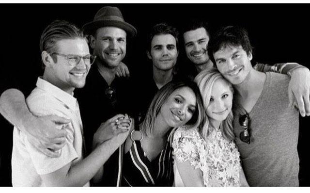 #TVD #TVDForever The Vampire Diaries Zach Roerig(Matt),Matthew Davis(Alaric),Paul Wesley(Stefan),Michael Malarkey(Enzo),Ian Somerhalder(Damon),Candice Accola(Caroline) & Kat Graham(Bonnie)
