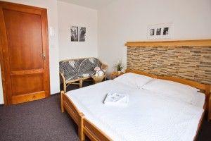 Dvoulůžkový pokoj / Double room / Doppelzimmer