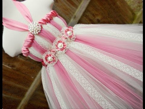 How to Keep a Tutu Dress From Bunching Up - YouTube.......... Helping to alleviate Static cling with fabric conditioner and water spray.