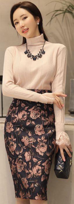 StyleOnme_Floral Jacquard High-Waisted Pencil Skirt #floral #classy #pencilskirt #koreanfashion #kstyle #kfashion #dailylook #seoul