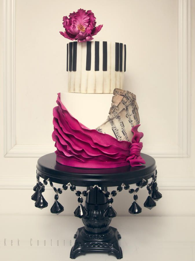 Piano Cake by Kek Couture
