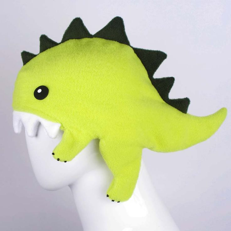 Dinosaur hat! I could totally make that in crochet. Hmm...