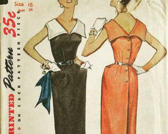 Vintage Pattern 1956 Cigarette or Capris with Overskirt