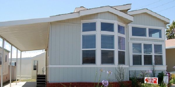 Mobile Home Exterior Design with Simple Neutral Colors