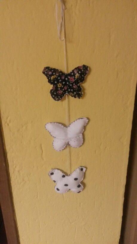 Farfalle decorative in stoffa.