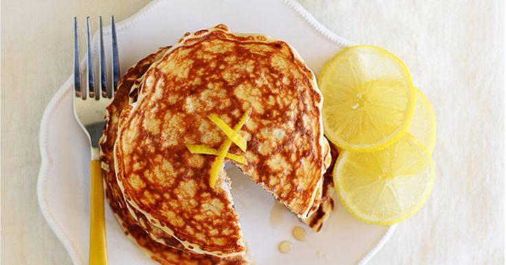 9 Protein Pancake Recipes That Are Breakfast Essentials | Greatist