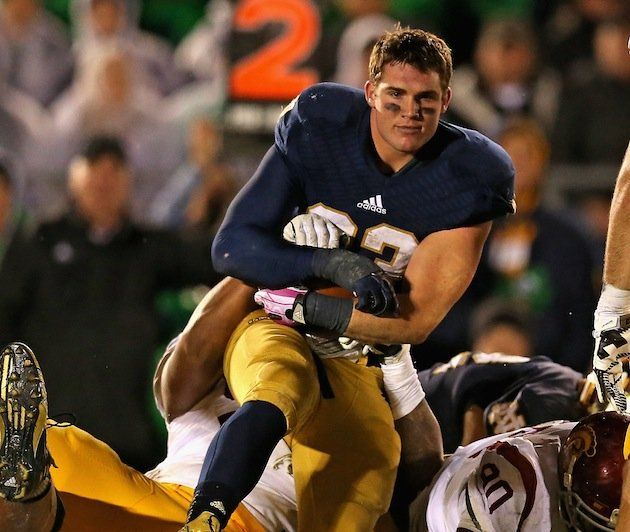 Handsome Face: Notre Dame running back Cam McDaniel took a really good photo against USC. (Photo: Getty Images)