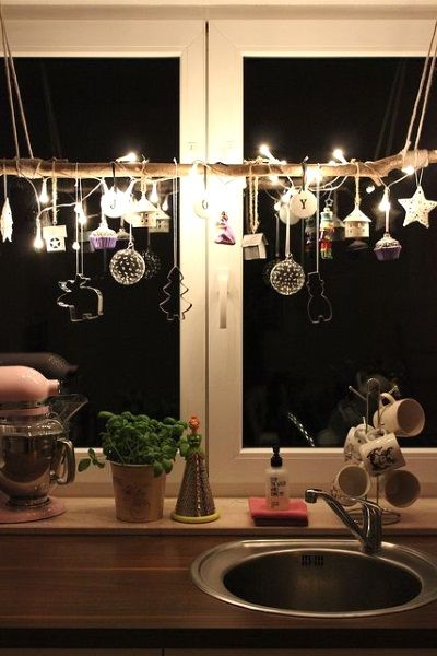 50 Beautiful Indoor Christmas Lighting Ideas I love Pink