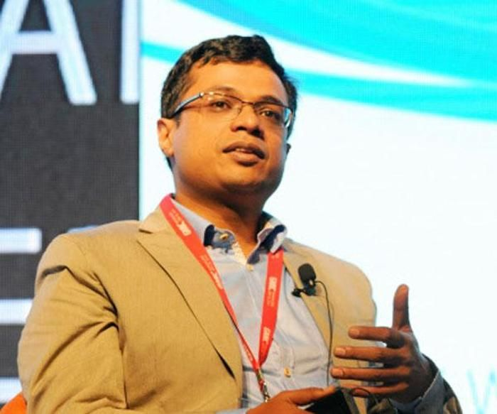 Flipkart building a team for India-made private label initiative  Homegrown online marketplace leader Flipkart is going to join the make-in-India bandwagon. Executive Chairman Sachin Bansal is building a team for the India-made private label initiative, which will be incubated under the Flipkart Group, according to ... http://tech.economictimes.indiatimes.com/news/internet/flipkart-building-a-team-for-india-made-private-label-initiative/55533286
