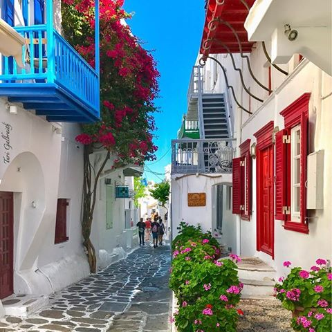 The vibrant reds, whites and blues of colorful Mykonos Town, always striking and forever photographed!!