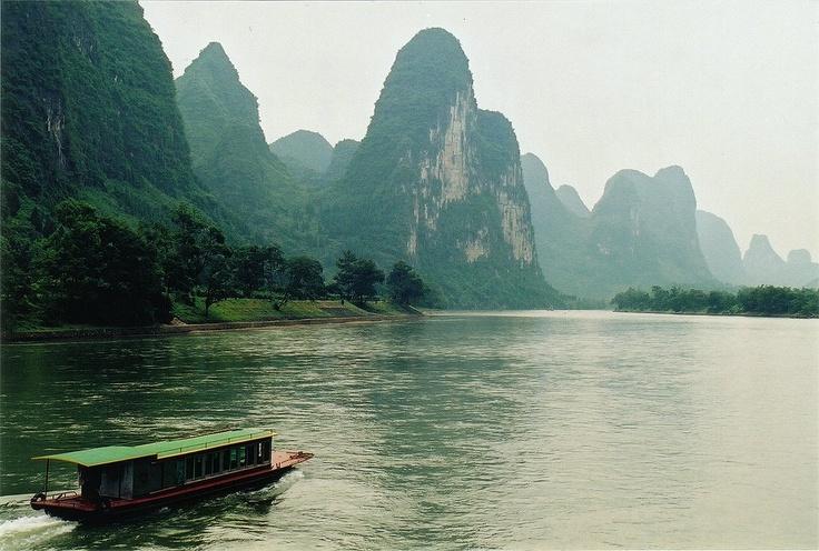 Karstic peaks at Guilin, along the Li river