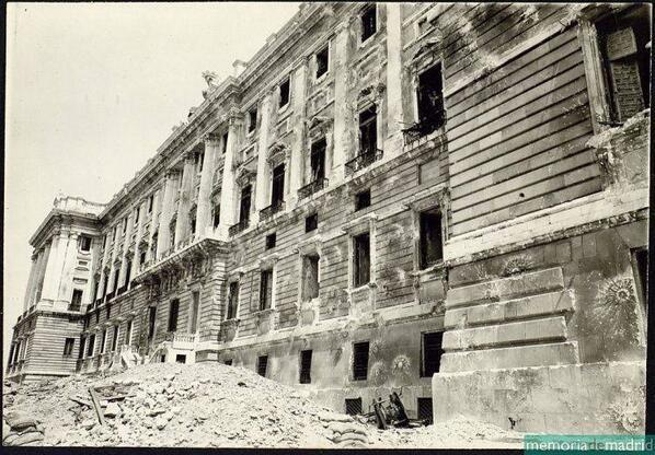 Palacio Real de Madrid al acabar la guerra civil