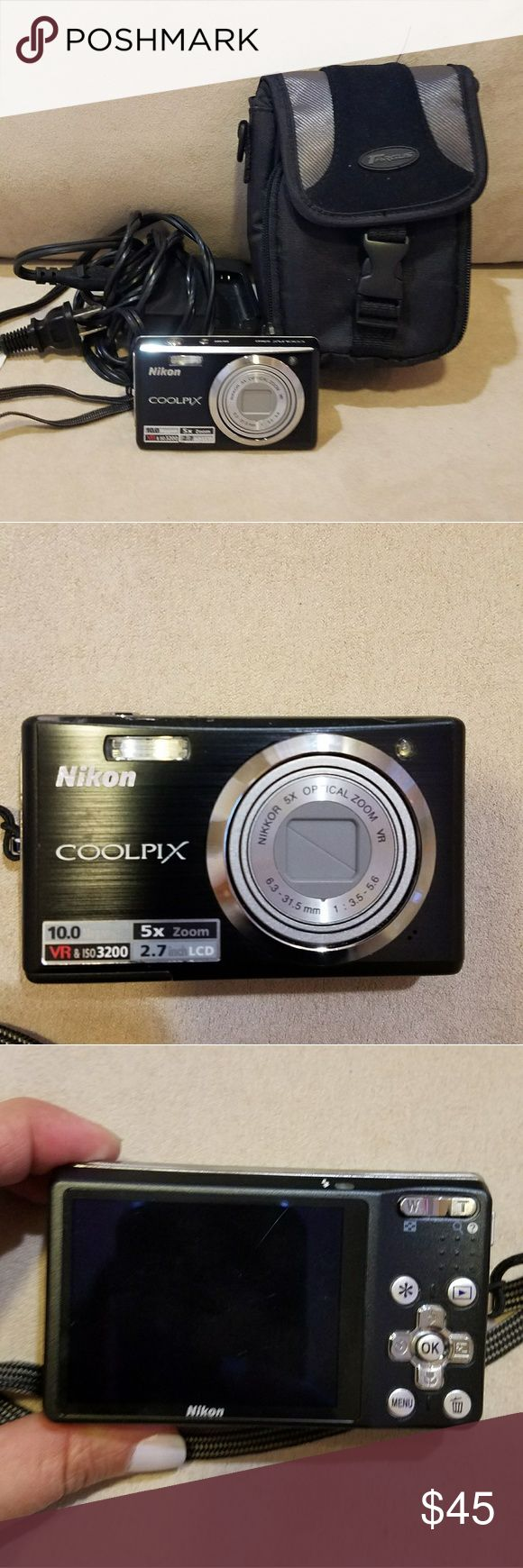 Nikon Coolpix Camera Used Nikon Coolpix Camera 10.0 megapixels/ 5x zoom. Comes with charger and free Targus case Other
