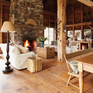 Rustic Country House...I Would Love A Modernized Log Cabin