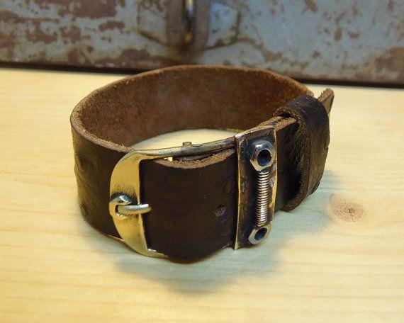Men's bracelet. Brown leather bracelet bronze by VakalisCreations