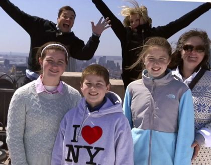Jimmy Fallon, Cameron Diaz Photobomb Tourists: Watch Now!